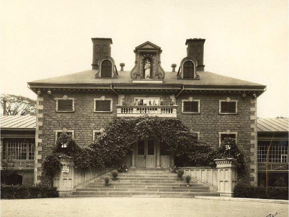 Undated archival photo of the main building at Villa Maria school in Montreal. Credit: Archives Congrégation de Notre-Dame – Montréal.